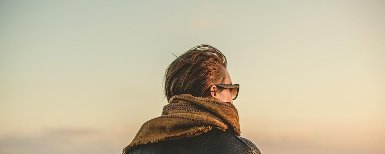 Mode, accessoires et maroquinerie: nos foulards et chèches pour homme