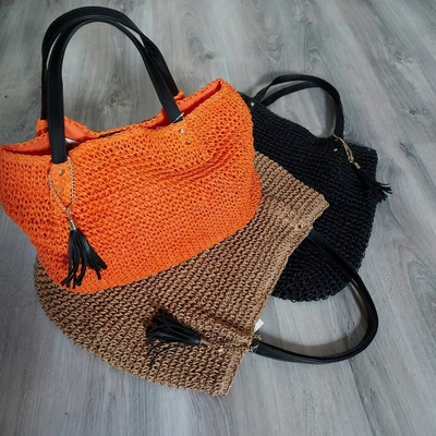 Spécial fête des mères. 10€ de remise  dès 50€ d'achats. Code (MAMAN). Profitez-en la livraison est gratuite. www.lescoupsdecoeurdelysia.com #sacs #foulards #bijouxfantaisie #fetedesmeres #ete2021