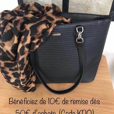 Profitez dès maintenant, 10€ de remise dès 50€ d'achats avec le code (KDO). Livraison rapide et gratuite. www.lescoupsdecoeurdelysia.com #ideecadeau  #cadeaunoel  #sacamain  #foulard