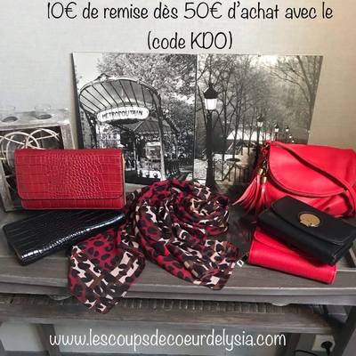 Écharpes, foulard, sacs... remise exceptionnelle de 10€ dès 50€ d'achat, livraison gratuite. Profitez en ! www.lescoupsdecoeurdelysia.com #cadeaunoel #sacamain #portefeuille #echarpe