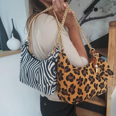 Sacs, ceintures, foulards... wwwlescoupsdecoeurdelysia.com #sacs #zebre #leopard