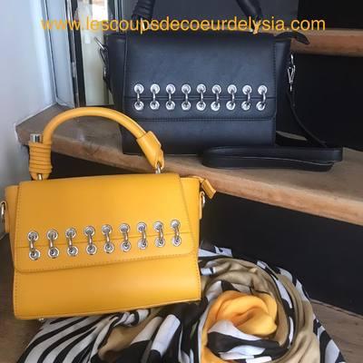 Sacs, foulards, écharpes, bijoux... retrouvez nous sur notre boutique en ligne. www.lescoupsdecoeurdelysia.com #sacs #foulard #bijouxfemme
