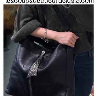 La nouvelle collection est en ligne. Découvrez la vite ! Livraison gratuite, envoi le jour même. lescoupsdecoeurdelysia.com #sac porté épaule # sac tendance # sac prix mini # sac noir #accessoiresdemode